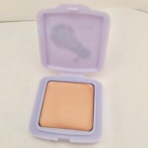 2/$15 New Benefit Watt's Up! Soft Focus Highlight